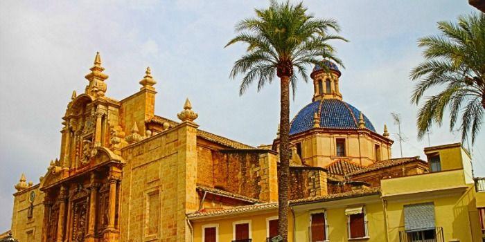 Lliria: Sinfonía de Culturas y Gastronomía