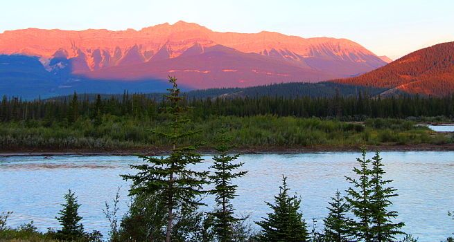 Parque Nacional Banff: Un Lugar Imprescindible que Visitar en Canadá