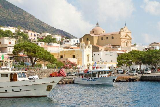Salina en las Eolias (Sicilia)