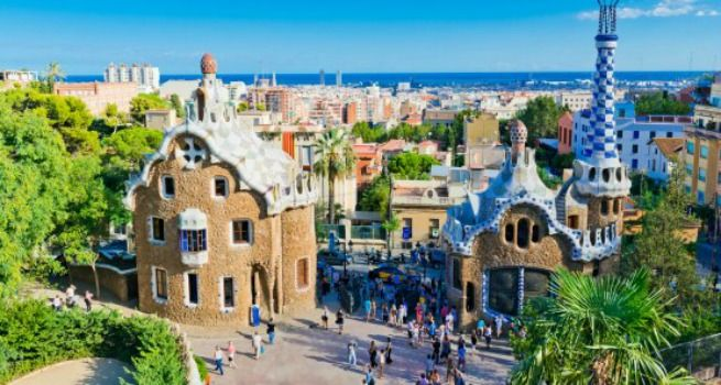 5 Essential Things to Do in Barcelona: Top Attractions & Activities