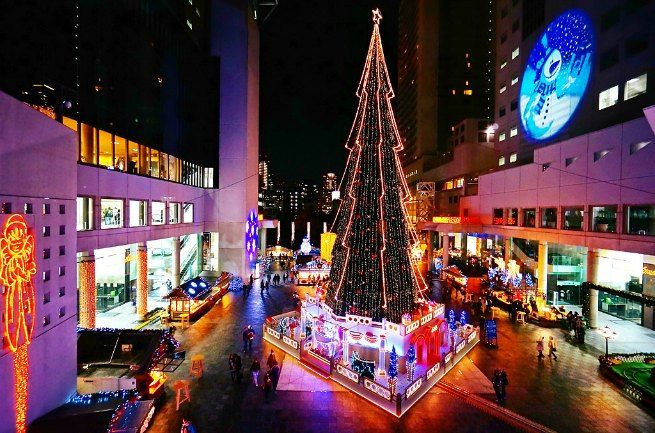 32 Best Christmas Destinations