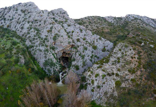 cueva del gato la Gran Senda de Malaga