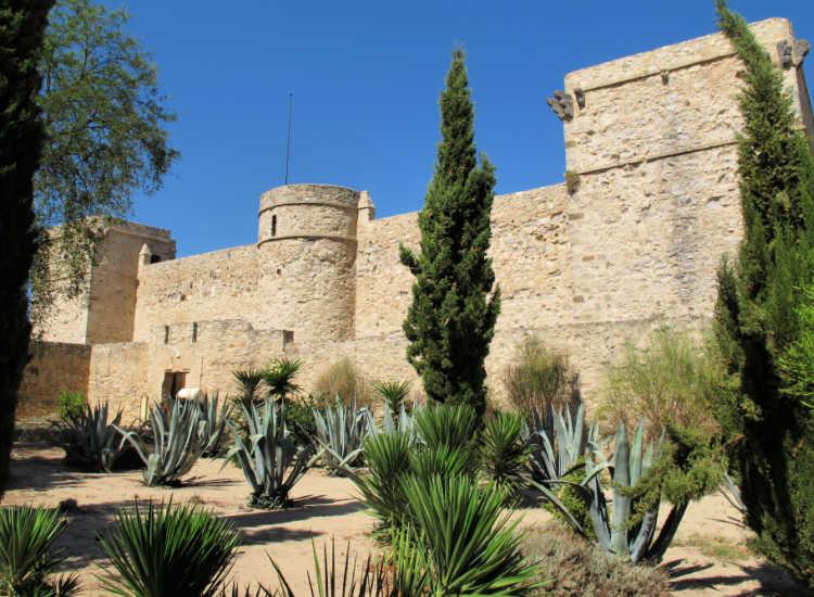 Castillo de Santiago de Sanlúcar de Barrameda